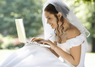 bride-planning-wedding-10-things-you-need-to-know-before-hiring-a-dj